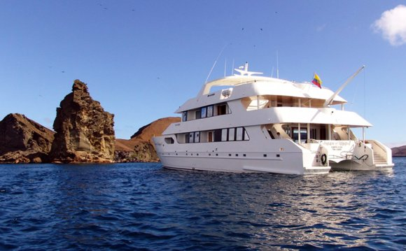 TREASURE OF GALAPAGOS Yacht